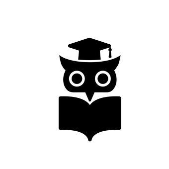 書籍和貓頭鷹